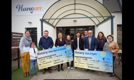 En association avec le Rotary d'Agen, le Rotary d'Agen La Garenne a aussi donné 2500€ pour offrir des repas aux étudiants.